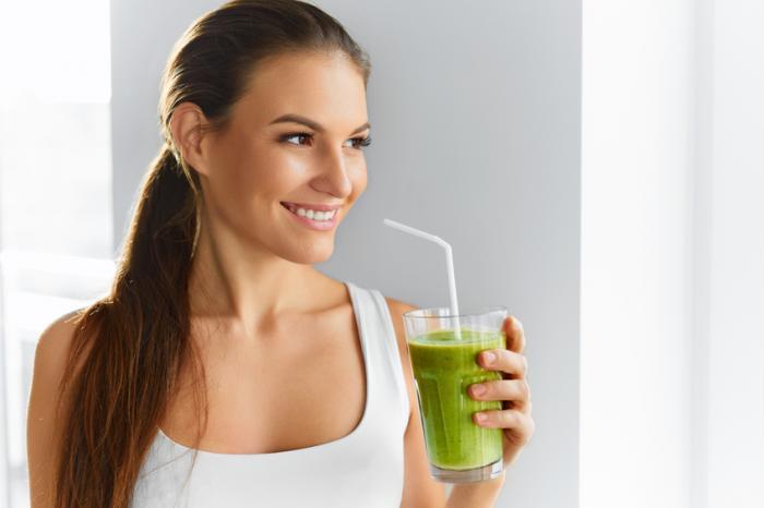 青汁の効果・効能はすぐに実感できない!?ダイエットも美肌も持久戦