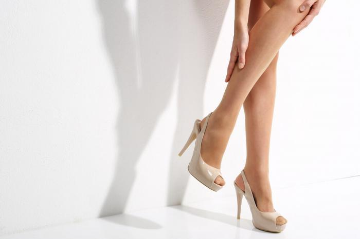 美脚を叶えるストッキングのおすすめ人気ランキング♪100人の女性が認めた1位を発表