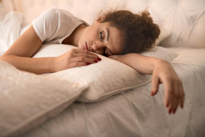 健康枕のおすすめ5選!嘘みたいにぐっすり眠れる!?睡眠の質を上げるコツ