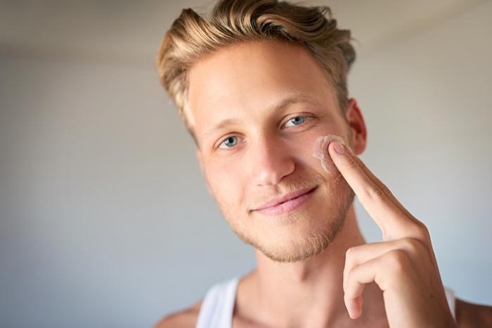 【20代男性必見】ニキビ跡は正しいケアをすれば治せる!おすすめ商品TOP3