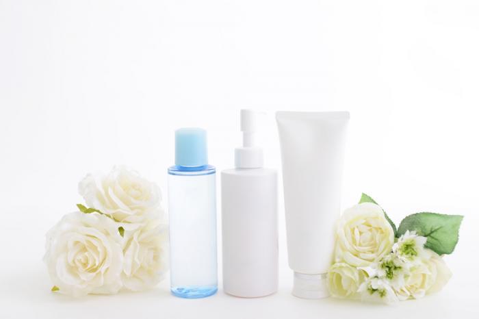 保湿化粧品の口コミ人気ランキング!年代別おすすめや市販のプチプラまで比較!