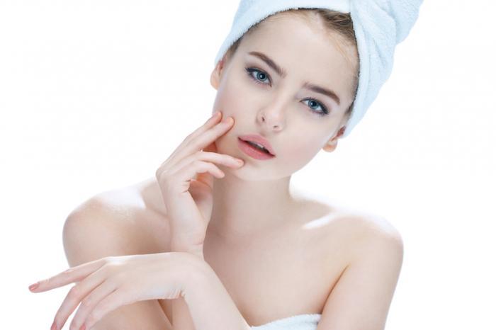 白ニキビにおすすめの化粧水ランキング&プチプラ市販5選!正しいスキンケアで肌質改善