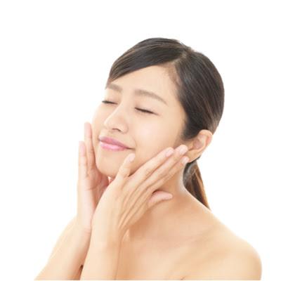 スキンケアにおすすめの化粧水ランキング!肌タイプ別選び方・乳液やクリームの組み合わせ方も解説